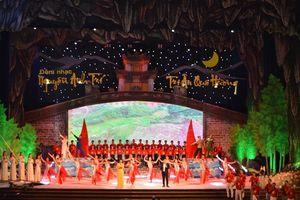 Lắng sâu đêm nhạc 'Tri ân quê hương' của Nguyễn Anh Trí