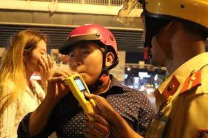 Từ 15-7, CSGT TP HCM sẽ 'chốt' ở bến xe, sân bay, quán nhậu..., xử lý vi phạm