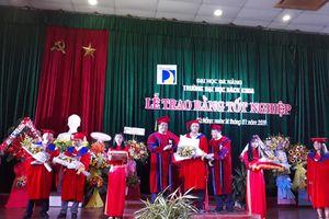 Trường ĐH Bách khoa, ĐH Đà Nẵng trao bằng tốt nghiệp cho hơn 1.500 kỹ sư, cử nhân