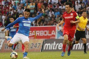 Hà Nội FC mất ngôi đầu, Than Quảng Ninh tiếp tục thăng hoa