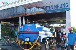 Cà Mau: Cháy cửa hàng xăng dầu, 2 người bị bỏng