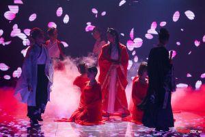 DOMINIX biến hóa với hình ảnh cổ trang đầy ma mị, 'đốt cháy' sân khấu với vũ đạo sôi động
