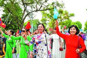 Lễ hội đường phố 'Trái tim hòa bình'