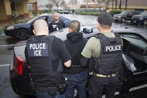 Mỹ bắt đầu chiến dịch truy quét người nhập cư bất hợp pháp tại 10 thành phố lớn