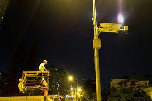 Lắp đặt trạm quan trắc và cảnh báo ngập đường Nguyễn Hữu Cảnh