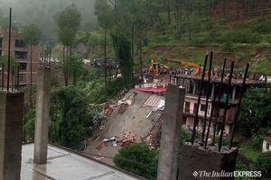 Sập nhà khách ở Ấn Độ, hàng chục quân nhân bị thương và mắc kẹt