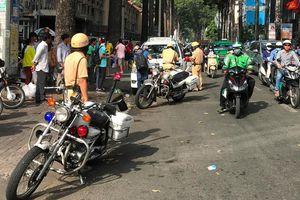 CSGT ngày đầu ra quân: Hàng loạt ô tô bị xử lý vì vi phạm giao thông