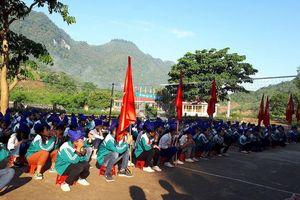 Phòng Giáo dục huyện Kỳ Sơn ra công văn rà soát việc thu tiền trái phép