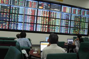 Xử phạt hơn 13 tỷ đồng trên thị trường chứng khoán
