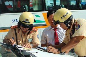 TP.HCM: Lần đầu tiên CSGT ra quân xử phạt vi phạm với camera trước ngực