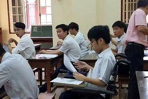 Cậu học trò ngồi xe lăn đạt điểm 10 môn Tiếng Anh kỳ thi THPT Quốc gia