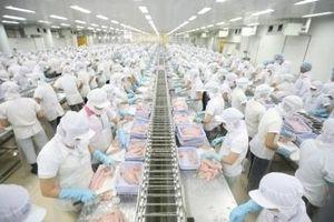 VASEP lo tăng lương tối thiểu có thể làm giảm thu nhập người lao động ngành thủy sản