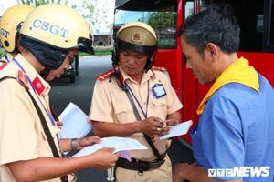 Ngày đầu tổng kiểm tra, CSGT TP.HCM xử phạt hơn 600 tài xế vi phạm