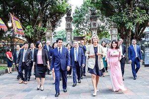 Chủ tịch Hội đồng Vùng Ile de France: Hà Nội có vẻ đẹp duyên dáng