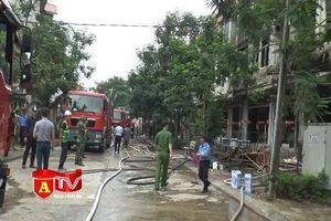 Cháy nhà hàng trong khu biệt thự Thiên đường Bảo Sơn