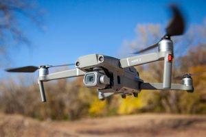 Gắn pháo hoa lên drone để tấn công hàng xóm vì mở tiệc quá ồn
