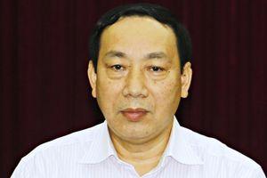 Cách chức vụ trong Đảng của nguyên Thứ trưởng Nguyễn Hồng Trường