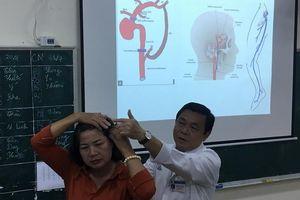 Người phụ nữ suýt chết vì phình mạch máu não khổng lồ