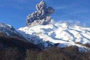 Một trong những núi lửa hoạt động mạnh nhất Chile có nguy cơ 'thức giấc'