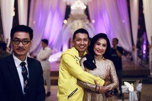 'Nhiều cặp đã ly dị là không nhìn mặt nhau nhưng anh Quang Minh và chị Hồng Đào thì khác'