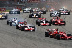 Mở bán toàn bộ hạng vé chặng đua F1 Việt Nam, cao nhất gần 100 triệu đồng