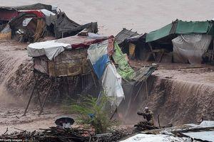 Mưa lớn làm 24 người chết ở Pakistan