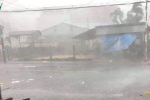 Mưa giông làm hàng trăm căn nhà ở Tiền Giang, Long An bị sập và tốc mái