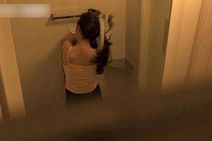 Thuyền viên quay lén nữ du khách tắm ở Hạ Long sẽ bị phạt thế nào?
