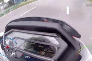 Xuất hiện clip Honda Winner X 'phóng như tên lửa' đạt tốc độ 135km/h