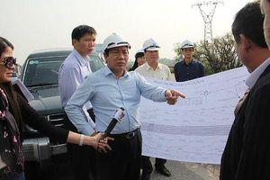 Ông Nguyễn Hồng Trường từng lùm xùm vụ 'bút phê' và tin nhắn 'đòi tiền' của DN
