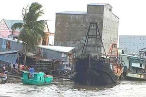 Kiên Giang: Hỏa hoạn thiêu rụi 3 tàu cá chuẩn bị ra khơi
