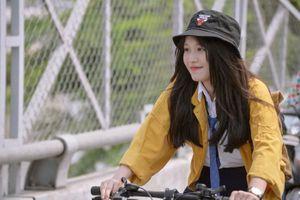 'Cặp đôi Tớ thích cậu' Han Sara, Tùng Maru tái hợp trong phim điện ảnh giới tính học đường 'Thầy ơi! Em có bầu'