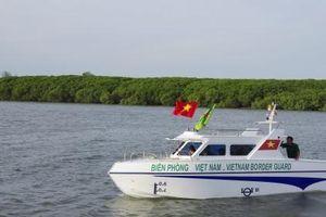 PV GAS trao ca-nô cao tốc tiền tỷ tới Bộ đội Biên phòng xứ Nghệ