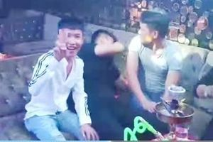 13 thanh niên phê ma túy trong quán bar