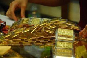 Giá vàng bật tăng mạnh nhờ lực cầu 'bắt đáy'