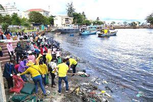 Ngăn chặn rác thải nhựa - Bài 4: Nâng cao ý thức cộng đồng