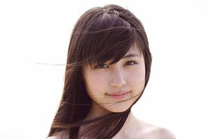 Nhan sắc trong trẻo của sao nữ ngôn tình Nhật Bản