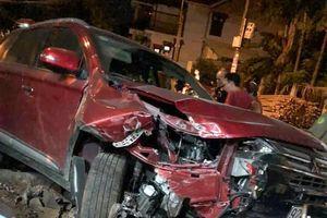 Tài xế ôtô có hơi cồn trong người tông chết cô gái 22 tuổi