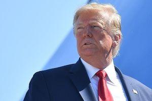 Ông Trump thoát nguy cơ bị luận tội