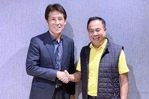 HLV tuyển Thái Lan nhận lương gần 1 triệu USD/năm