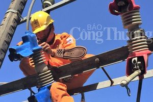 PC Thừa Thiên Huế thành lập đội xung kích bám sát địa bàn đảm bảo cấp điện mùa nắng nóng