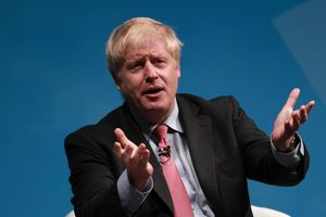Tin ảnh: Tiền khủng cho ứng viên Thủ tướng Anh