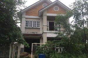 'Chuyện tình ri đô' trong biệt thự đang xây ở Sài Gòn