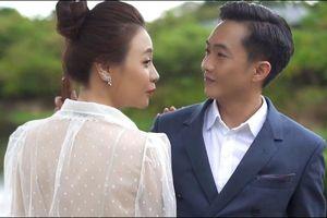 Cường Đô La hôn Đàm Thu Trang trong video trước ngày cưới