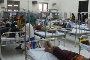 Sốt xuất huyết vào mùa cao điểm, Bộ trưởng Nguyễn Thị Kim Tiến đề nghị quyết liệt phòng, chống dịch