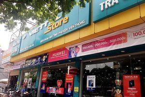 9X kề dao vào cổ nhân viên cửa hàng Viettel để cướp