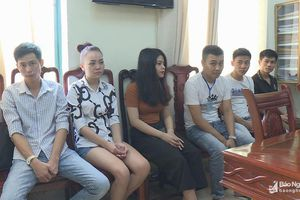 Cô gái 20 tuổi 'bay lắc' với bạn trai trong khách sạn ở Nghệ An được tại ngoại