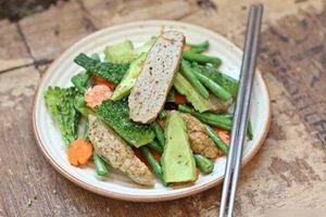 Chả cá rim rau củ nhanh gọn mà ngon không tưởng