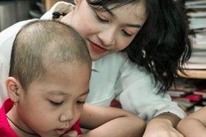 Xúc động lớp học của các thí sinh Miss World Việt Nam và bệnh nhân ung thư