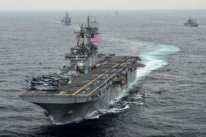 Tàu hải quân Mỹ phá hủy một máy bay không người lái của Iran